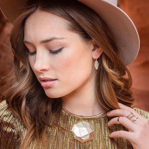 KENDRA SCOTT CONNOR COLLAR NECKLACE Gold Plated
